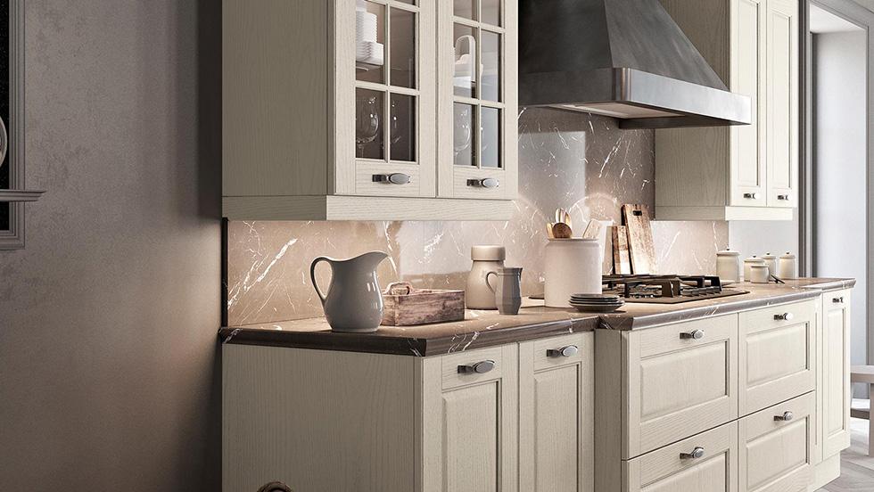 immagine arredamento cucina classica lineare in legno