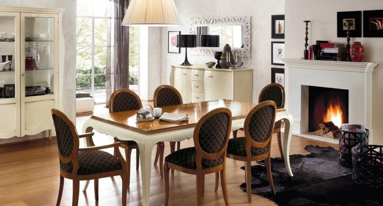 arredamento classico con tavolo sedie vetrina credenza di Altacorte