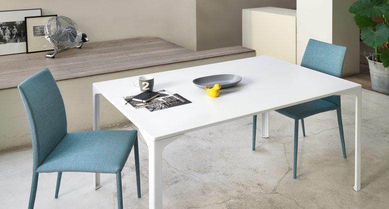 tavolo allungabile con sedie moderne Midj