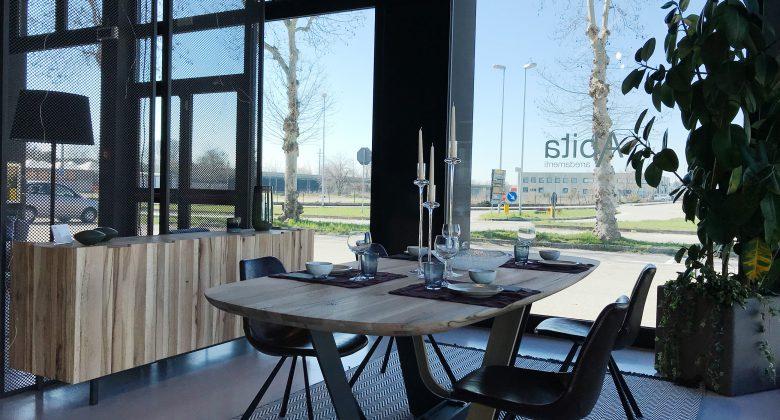 Abita Arreda showroom Treviso sala da pranzo in stile moderno elegante